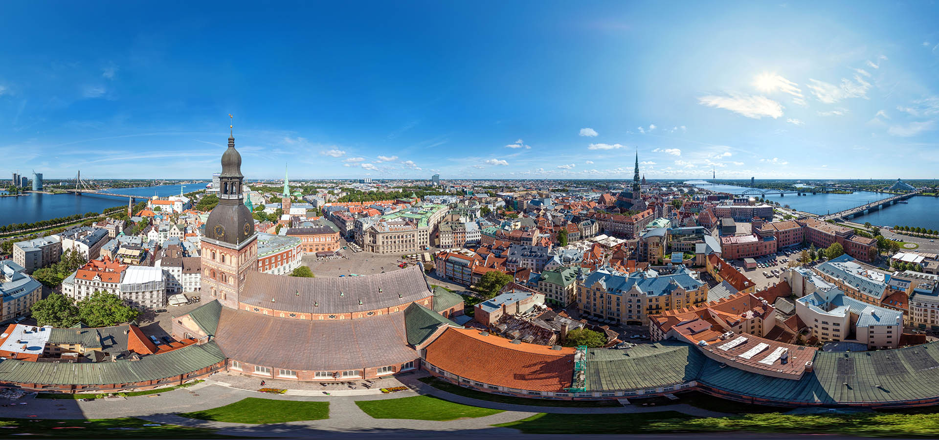 Old_Riga_Latvia_aerial_360_degree_panorama_OCEAN.LV_